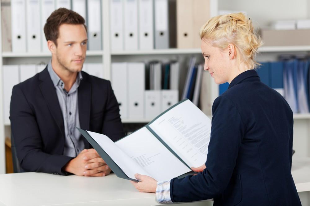 Descubre cómo superar con éxito la entrevista con el CEO de la empresa