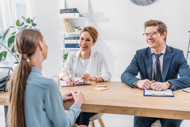 Como-hablar-de-tus-logros-en-una-entrevista-de-trabajo